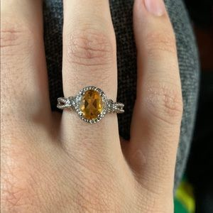 Sterling Silver 925 Ring with Yellow Gemstone